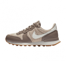Nike Women's Internationalist Sepia Stone/Sail