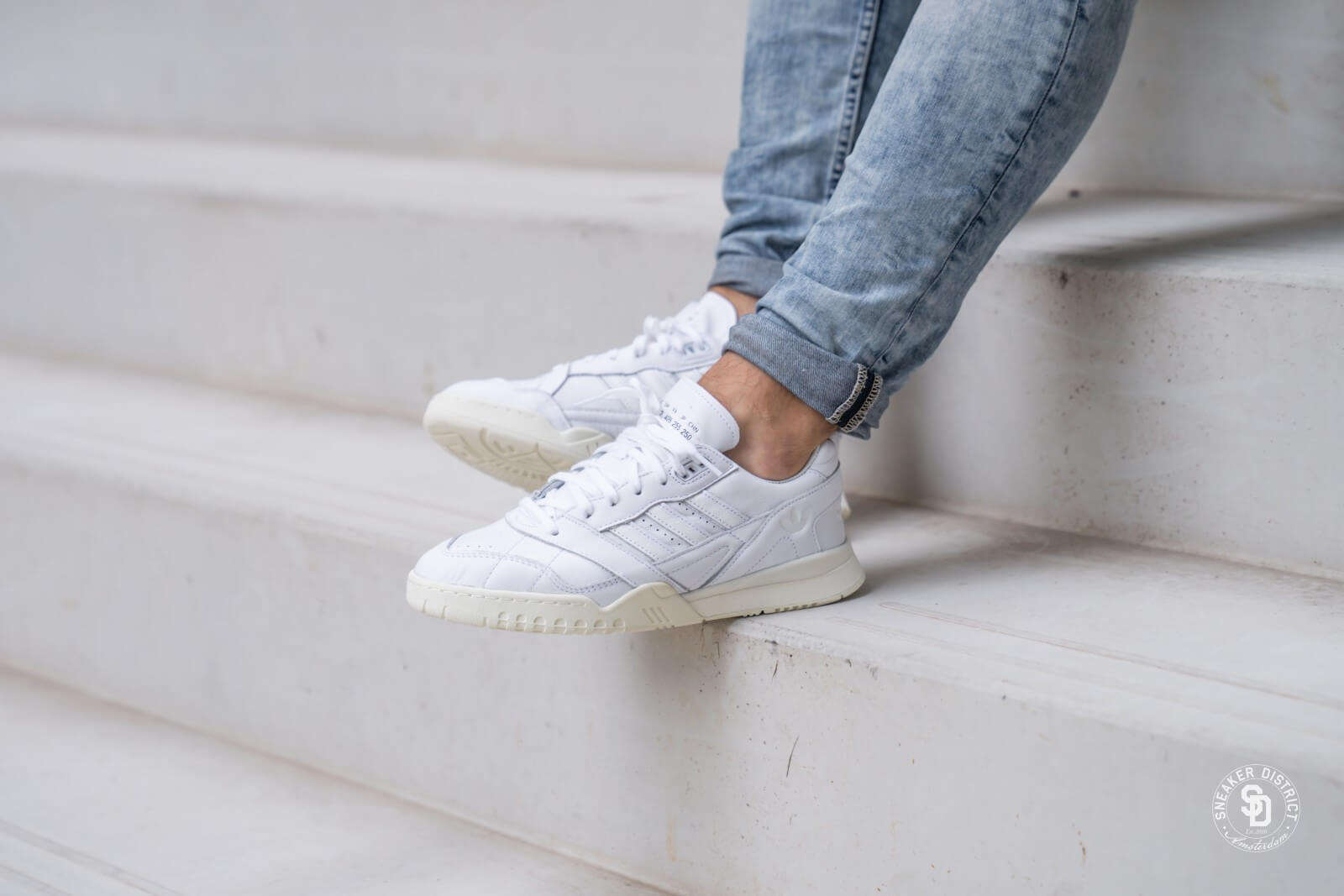 Adidas Home of Classics A.R. Trainer Footwear White EE6331