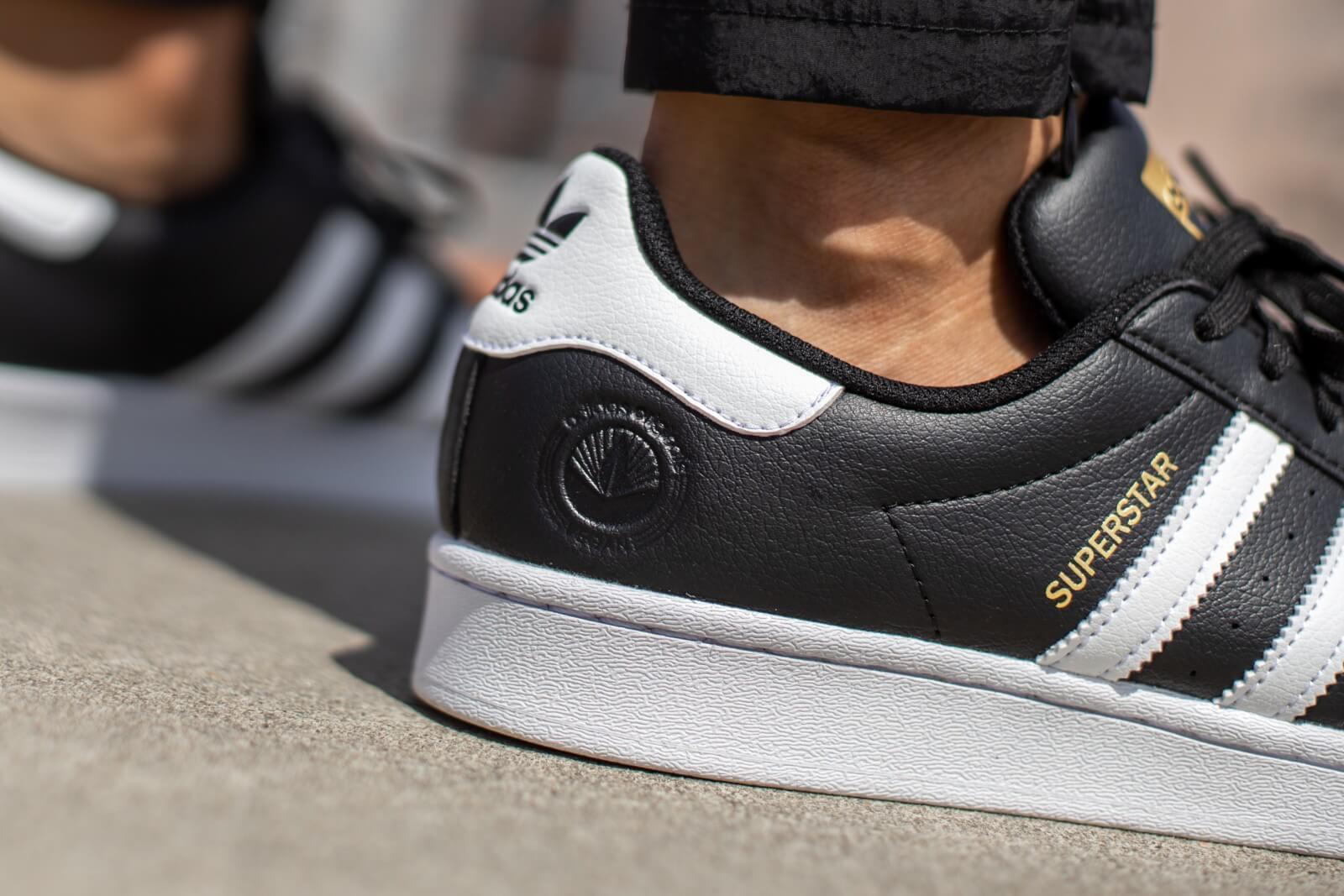 Adidas Superstar Vegan Core BlackCloud White Gold Metallic