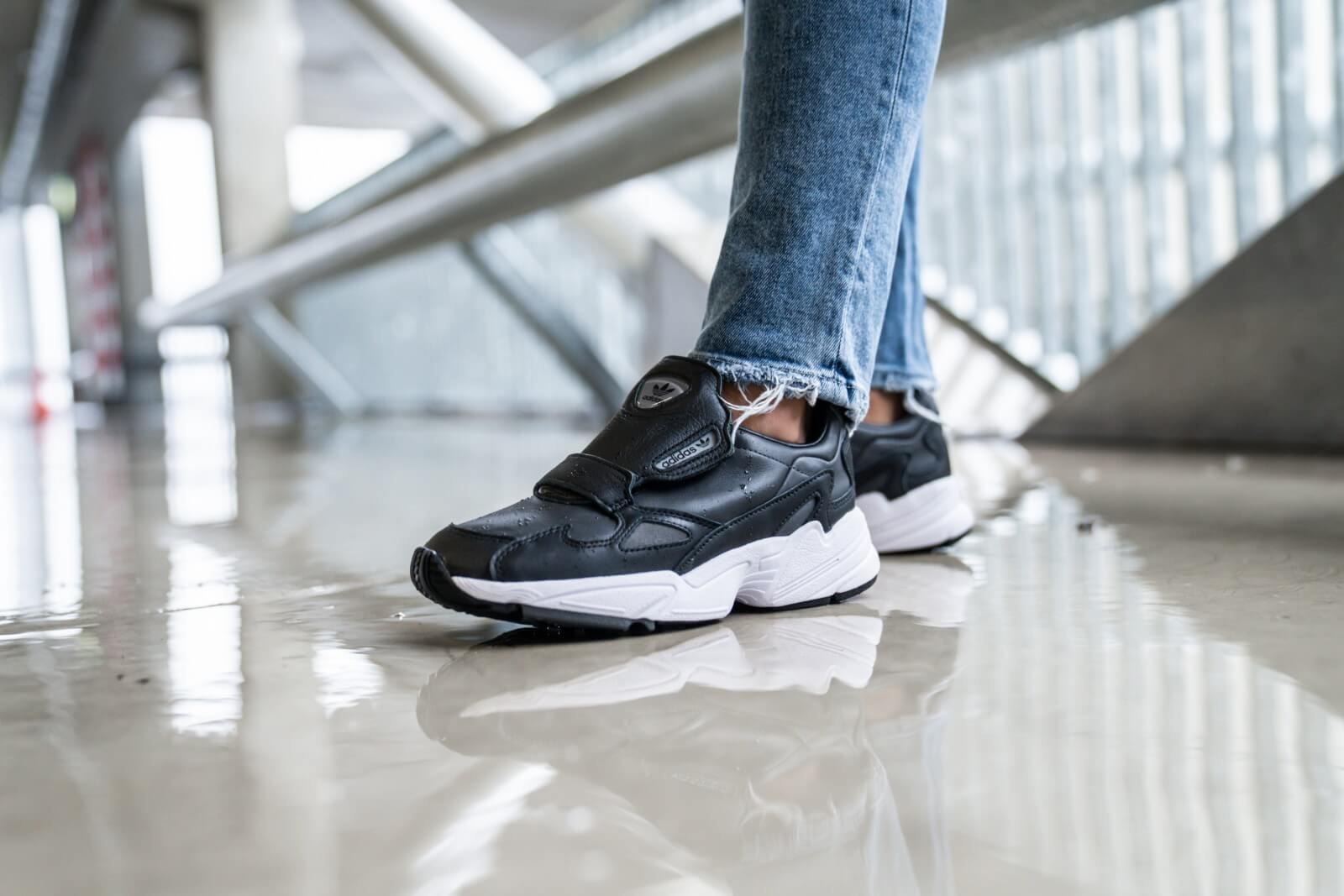 Front View Adidas Womens Falcon Sneaker in Black Black White