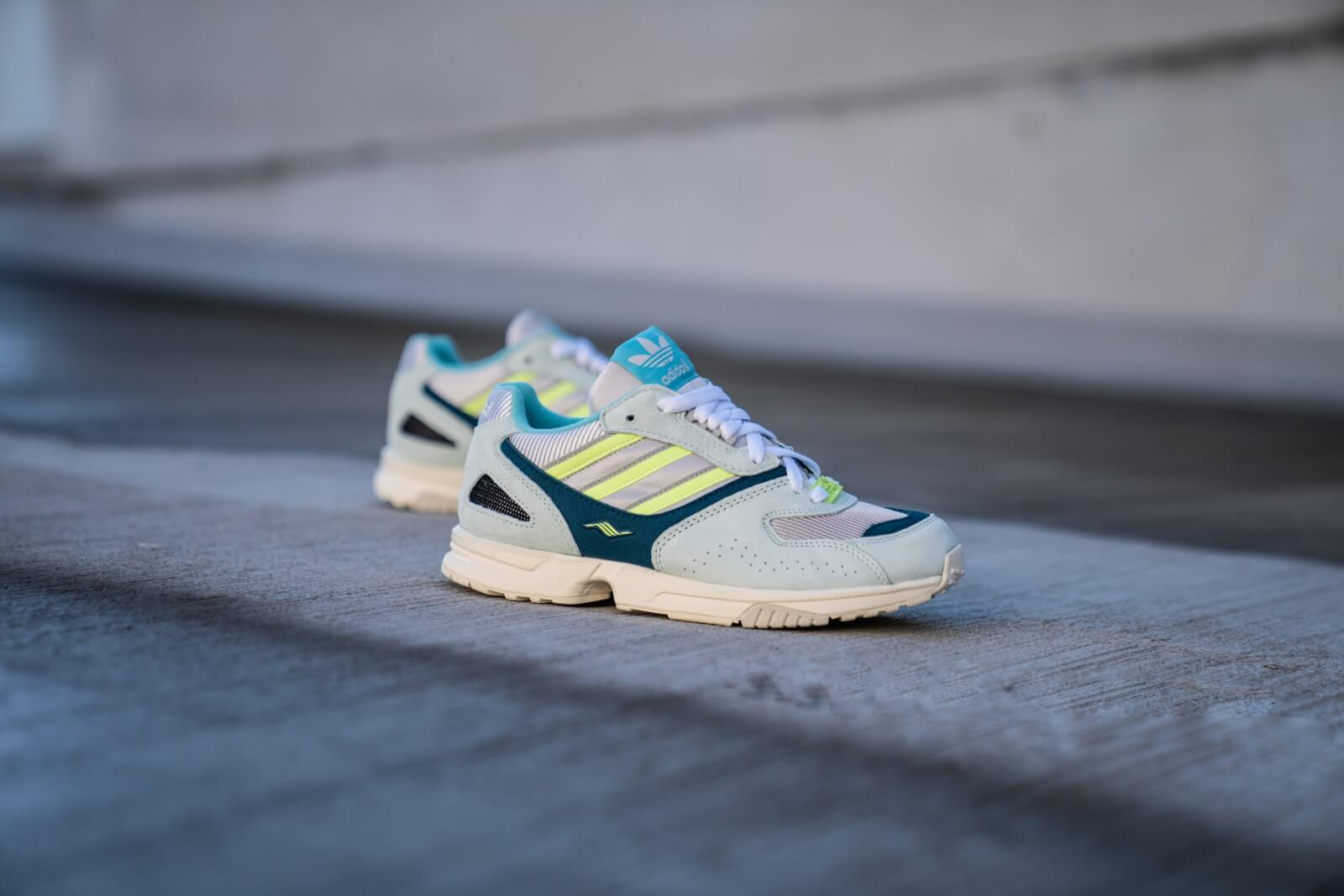 ZX 4000 Shoes Ice Mint Womens in 2020   Shoes, Adidas zx