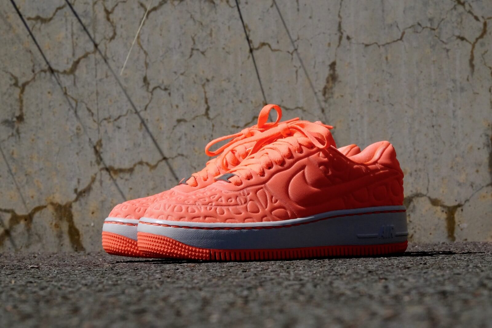 Nike WMNS Air Force 1 Upstep Special Edition Atomic Pink Iron 844877 600