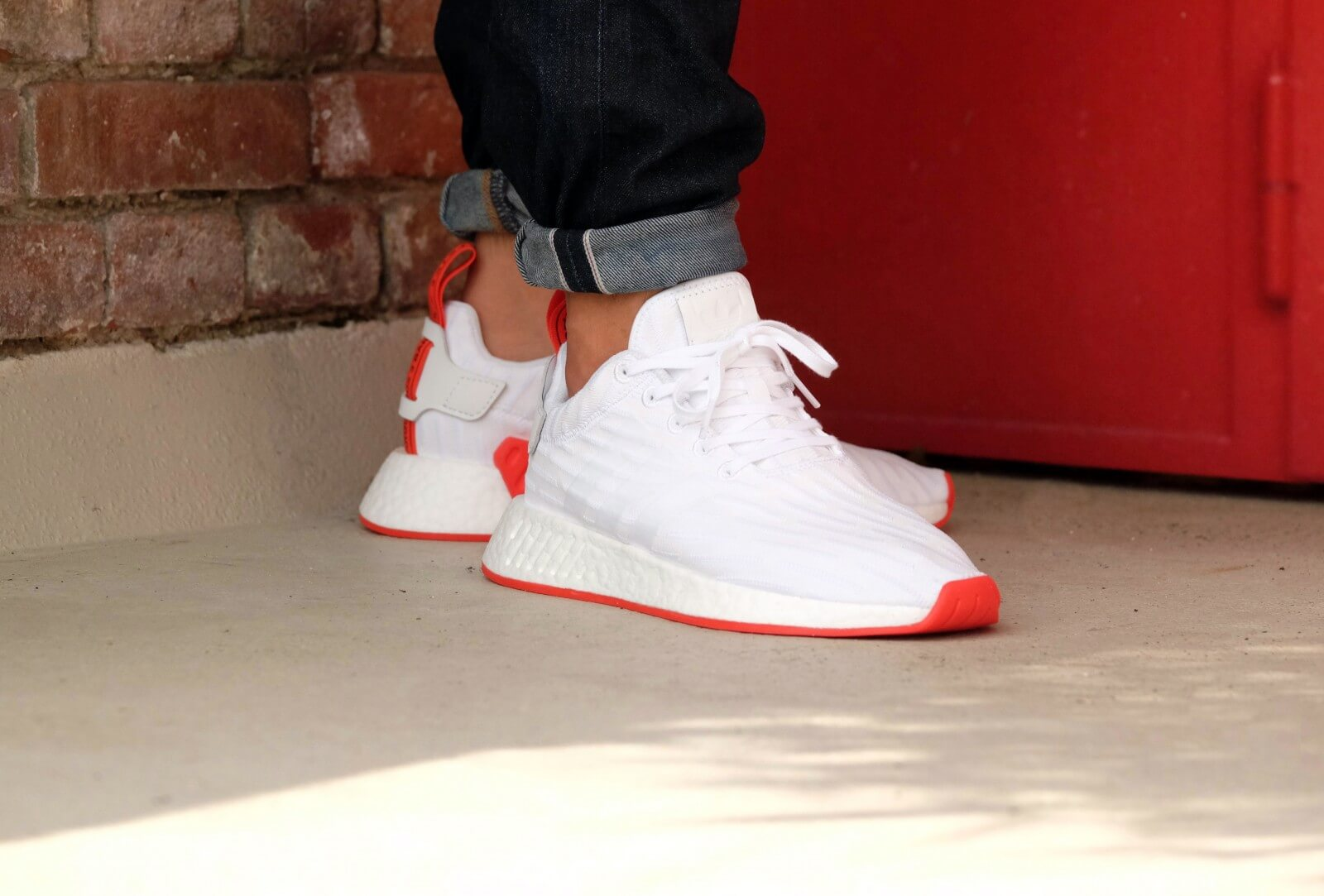 adidas nmd r2 red white