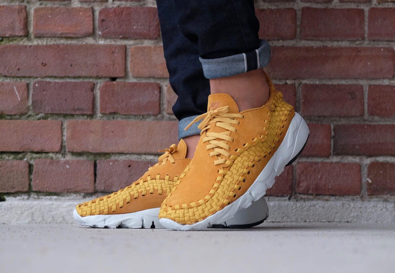Nike Air Footscape Woven Desert Gold