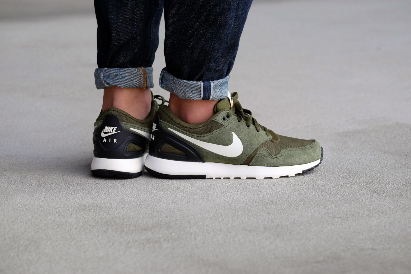 Nike Shoes Gray And Green