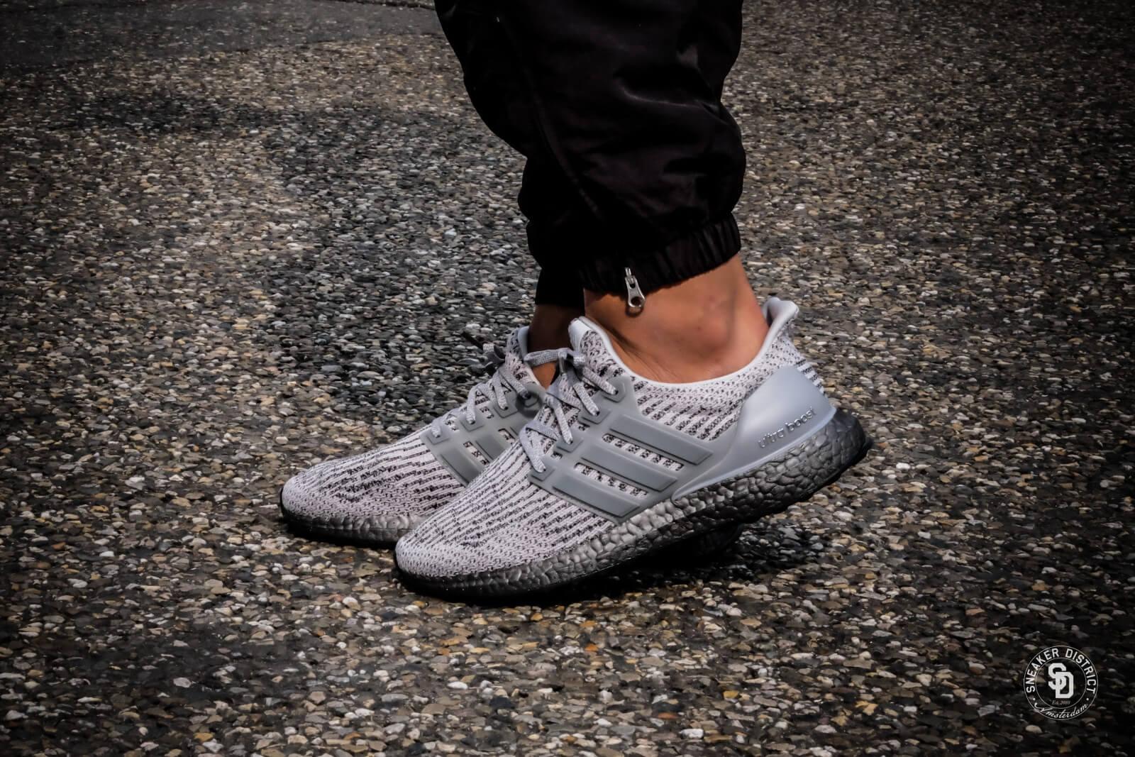 Adidas Ultra Boost Triple Grey CG3041