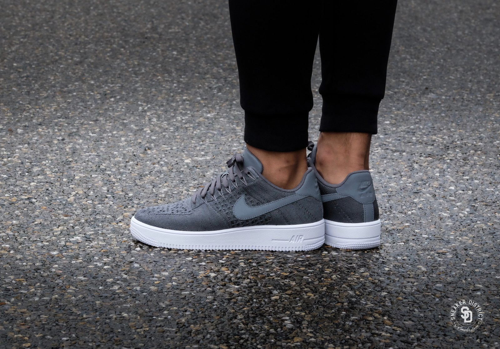 Nike Air Force 1 Flyknit Low Black