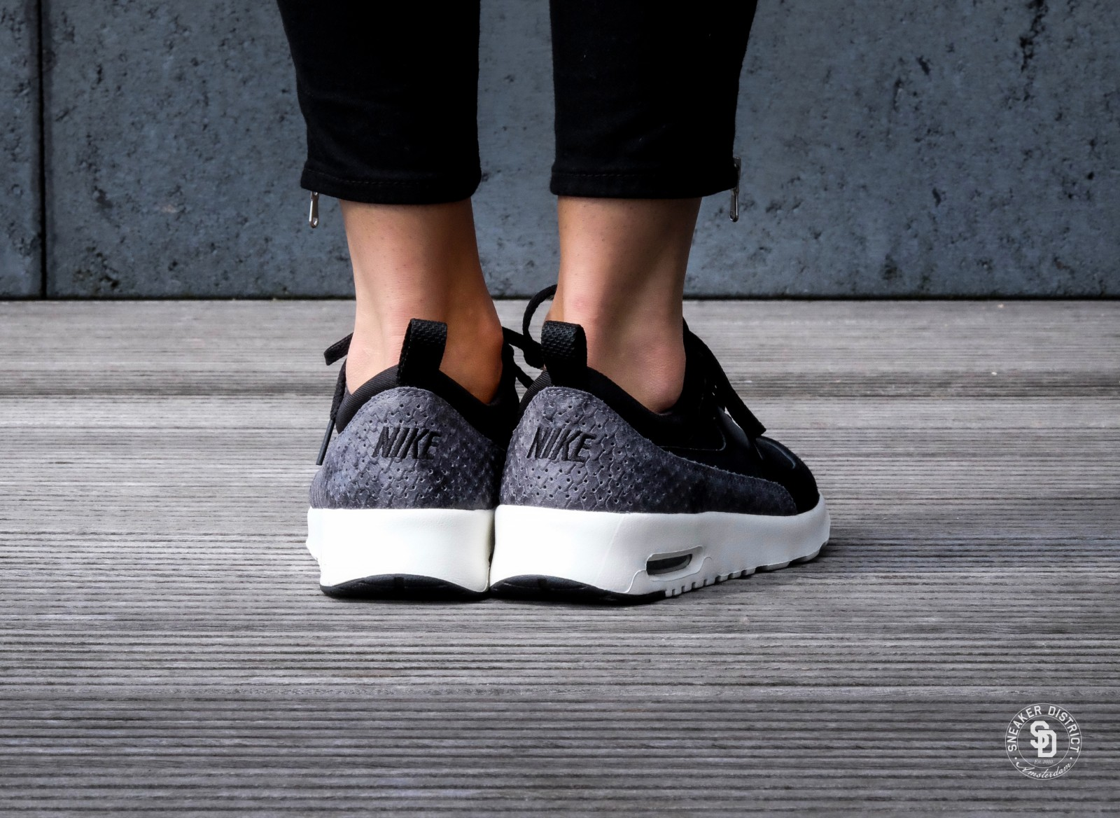 Nike WMNS Air Max Thea PRM BlackSail Dark Grey 616723 019