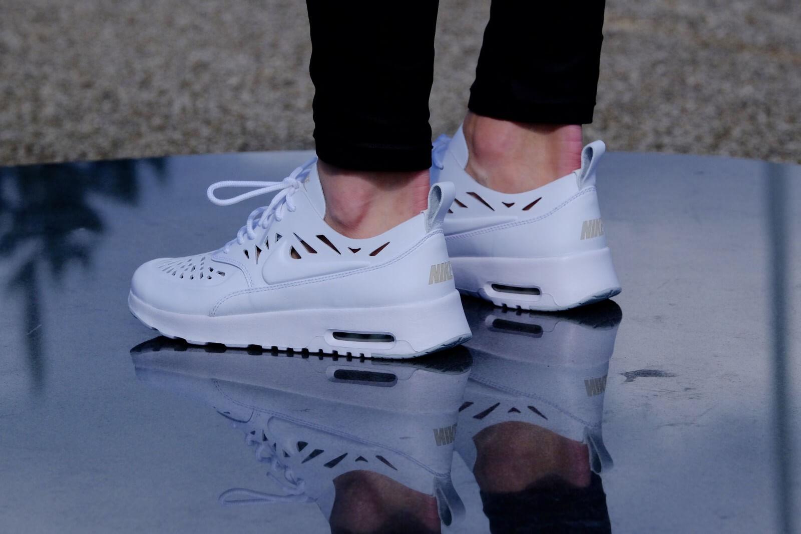 Nike WMNS Air Max Thea Joli White White Grey Mist 725118 100