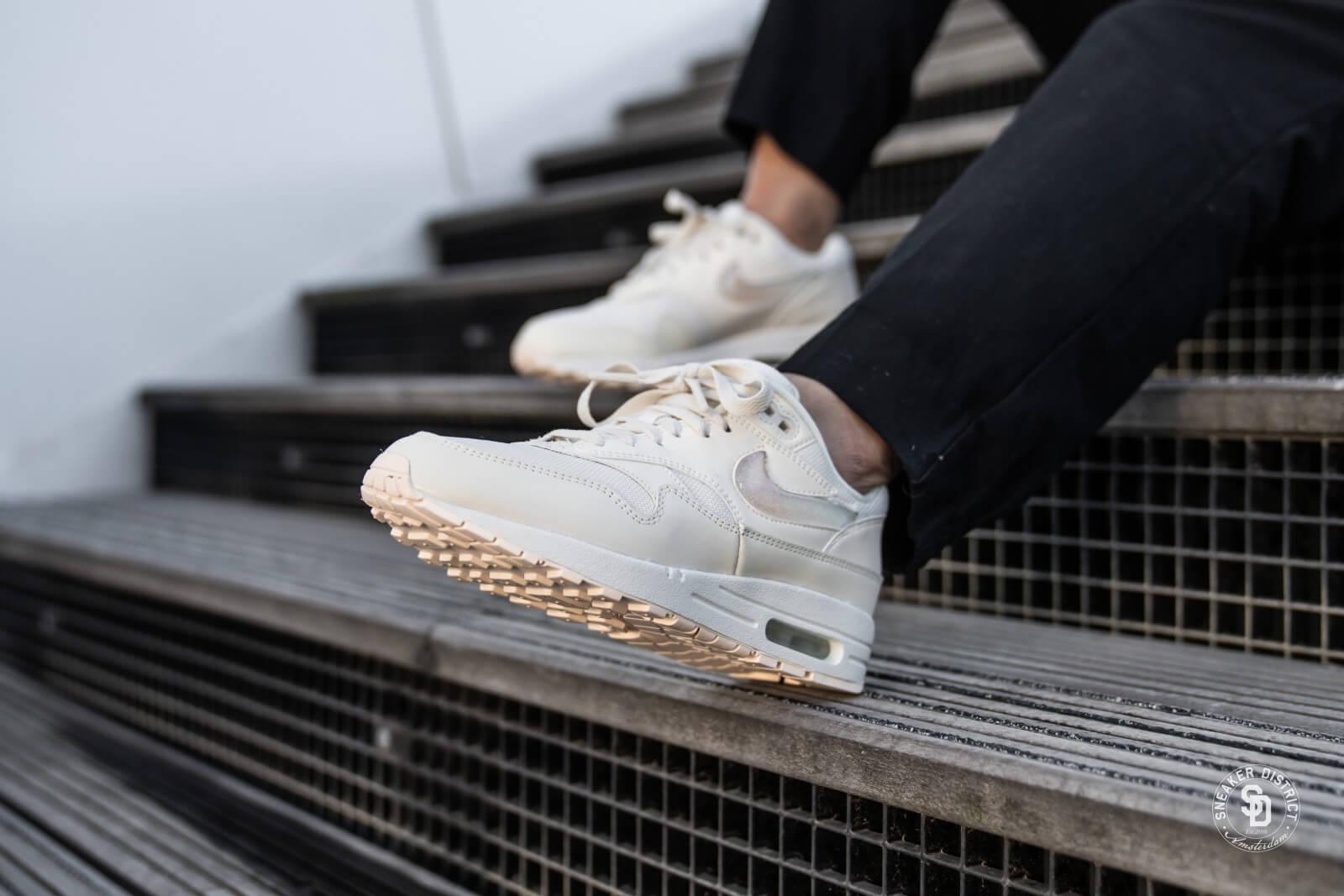 Shoes NIKE Air Max 1 Jp AT5248 100 Pale IvorySummit White