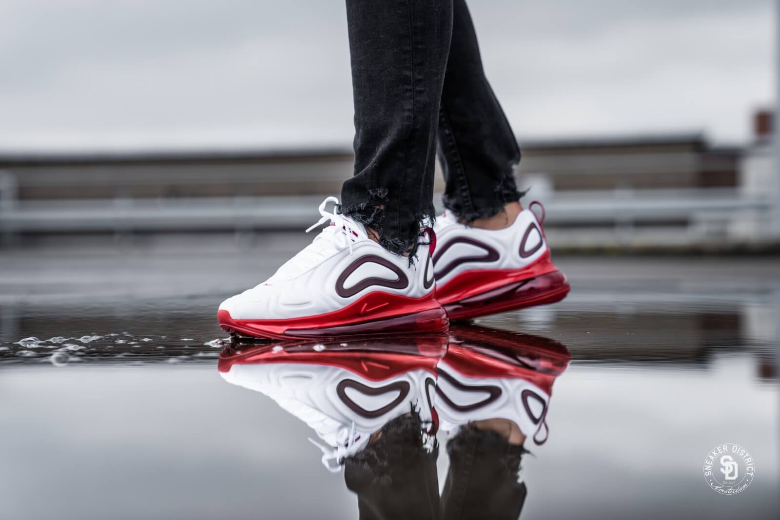 Nike Women's Air Max 720 SE WhiteGym Red