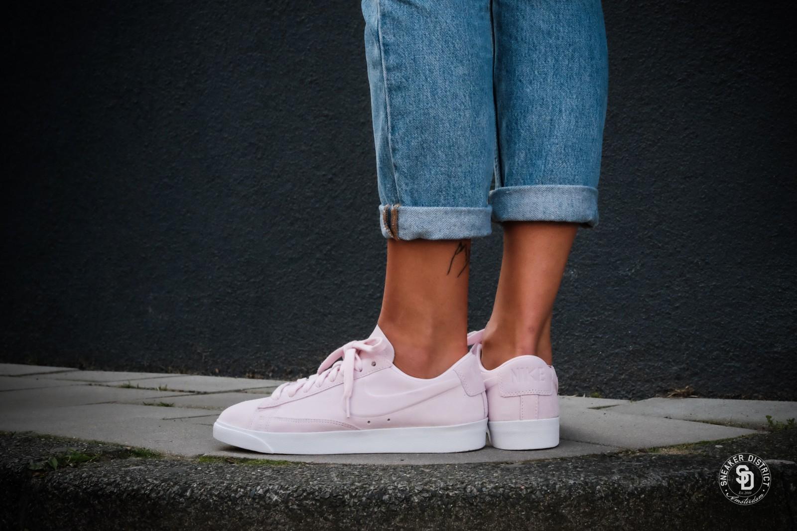 czech blue pink womens nike blazer low shoes d1dc4 d4d0a