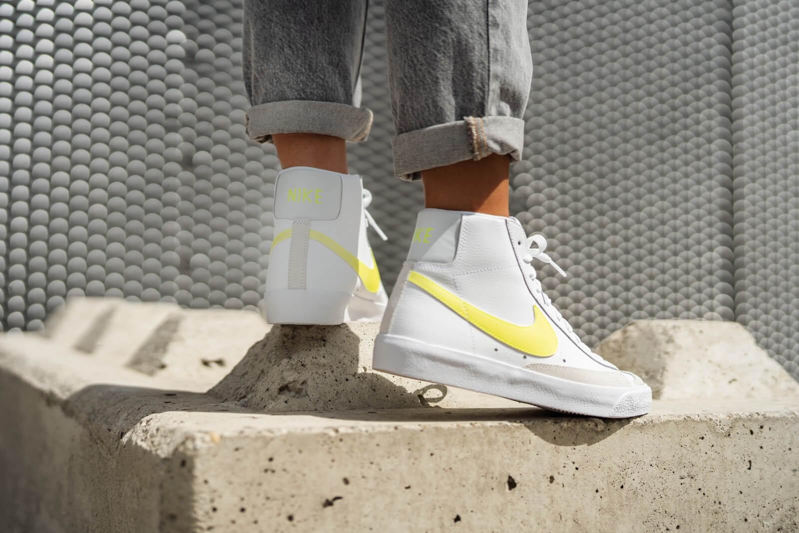 Nike Women's Blazer Mid '77 White/Lemon