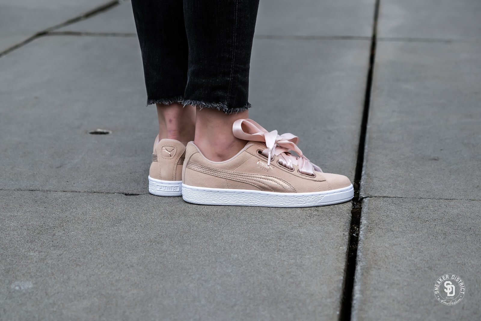 puma suede heart lunalux cream tan 525cbe