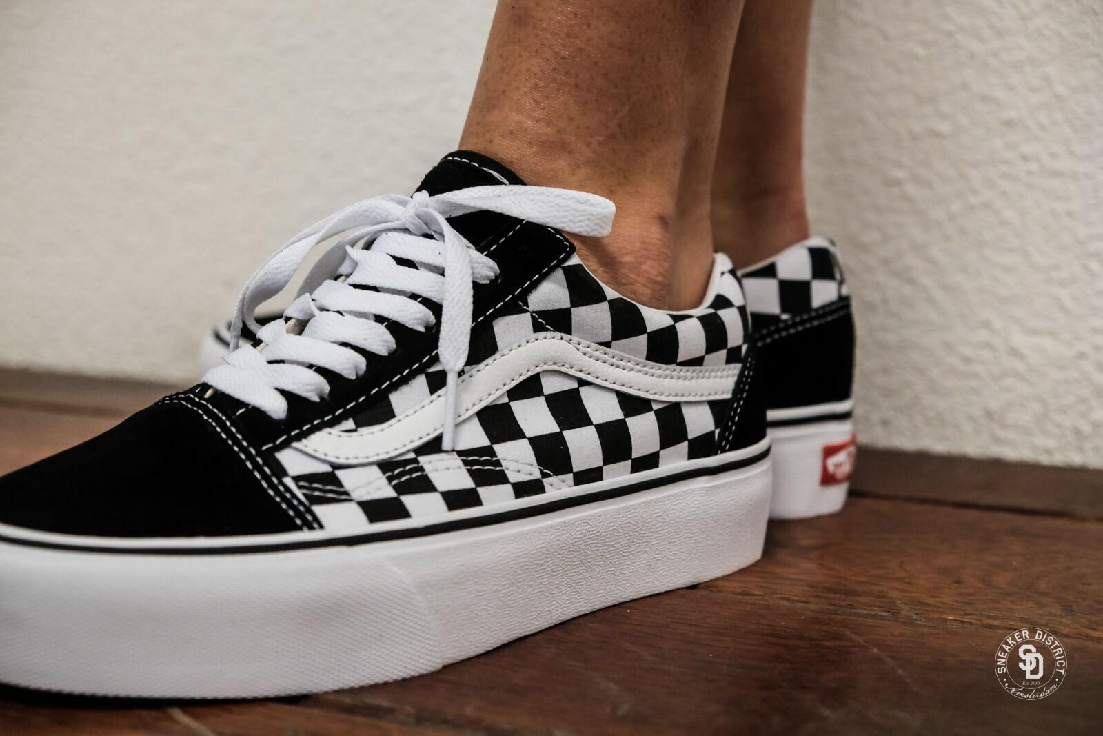 Vans Womens Old Skool Platform Checkerboard Blackwhite Vn0a3b3uhrk