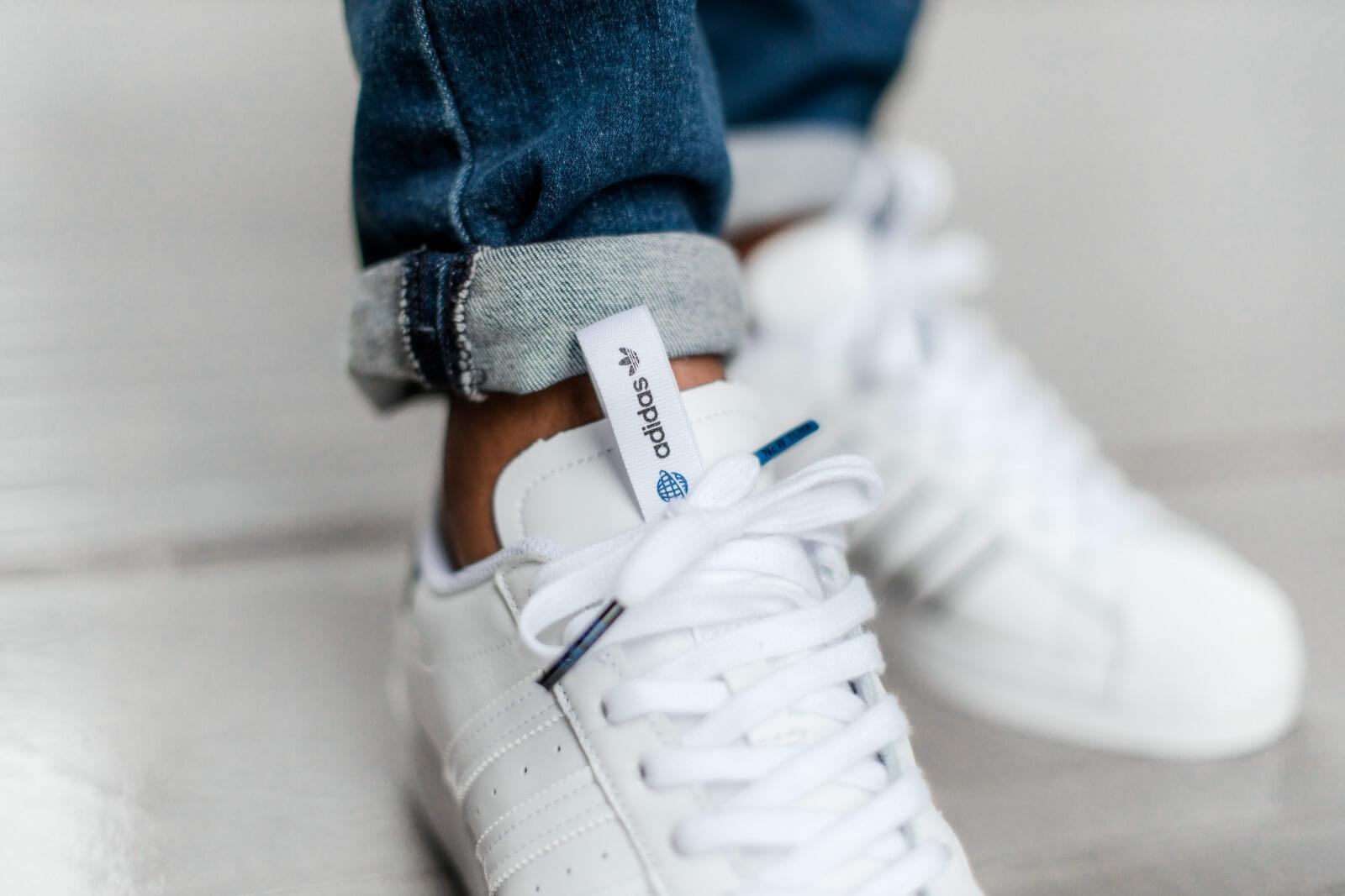 Mediante Consulado Apropiado  Adidas Superstar New York Footwear White/Collegiate Royal - FW2803