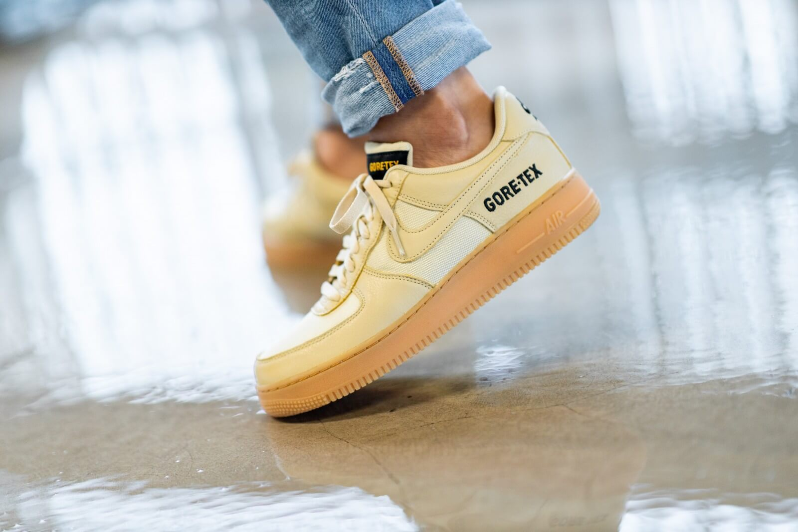 Details about Mens NIKE AIR SNEAKERS Sz 9.5 Air Force 1 07 Cream LOW TOP SHOES BEIGE WHITE
