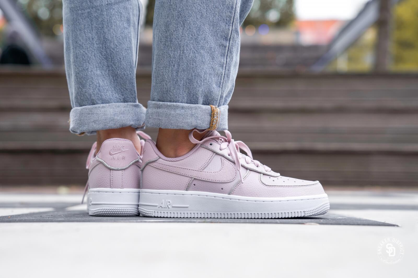 Nike WMNS Air Force 1 '07 Essential (White Psychic Pink