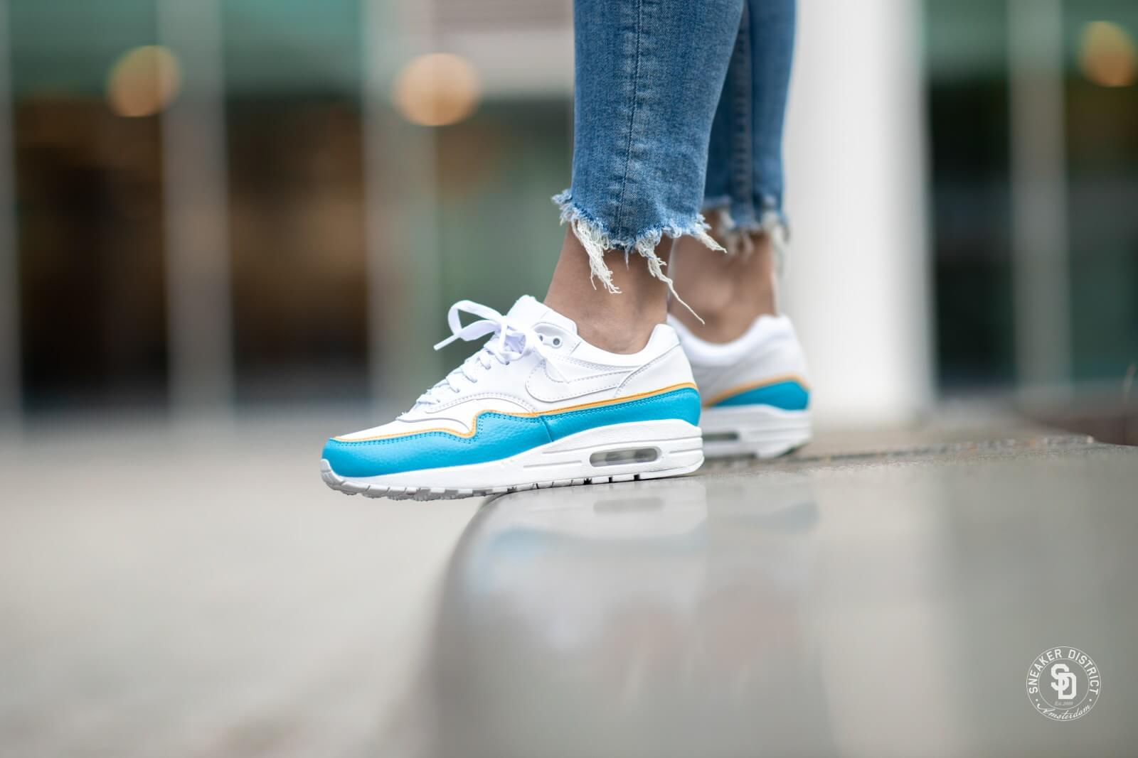 Nike Wmns Air Max 1 White Lt Blue Fury Black | Footshop